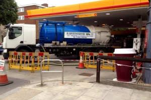 Weatherhead Tanker at Emergency Call Out to Petrol Station Forecourt