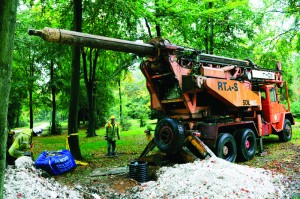 Soil-Mec Drilling Rig