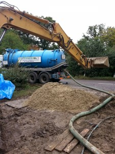 Weatherhead tanker aids the installation of a Sewage Treatment Plant in Bicester