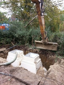 Backfilling the installation with concrete