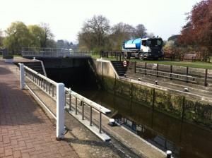 Weatherhead Tanker alongside the Canal